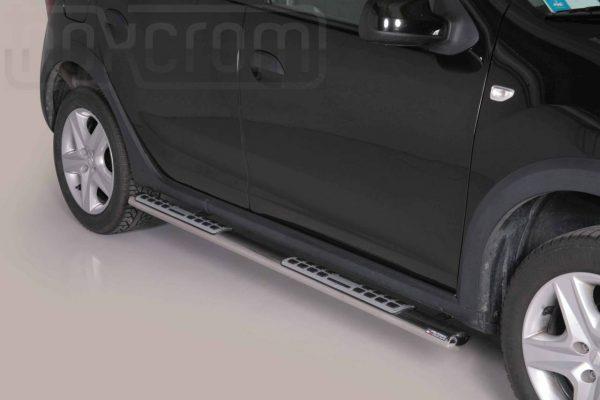 Dacia Sandero Stepway 2013 2019 - ovális oldalfellépő betéttel - mt-111