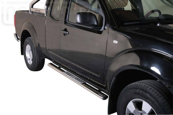 Nissan Navara King Cab 2005 - ovális oldalfellépő betéttel - mt-111