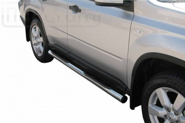 Nissan X Trail 2007 2010 - Csőküszöb, műanyag betéttel - mt-178