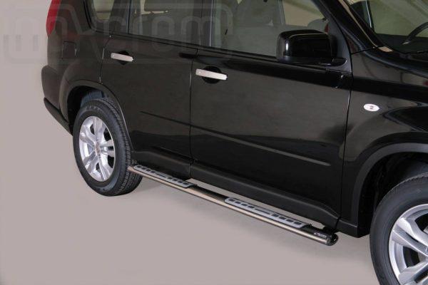 Nissan X Trail 2011 2014 - ovális oldalfellépő betéttel - mt-111