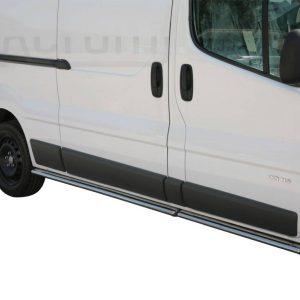 Renault Trafic 2007 2013 - oldalsó fellépő ovális csőből - mt-302