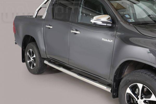 Toyota Hi Lux Double Cab 2016 2018 - Csőküszöb, műanyag betéttel - mt-178