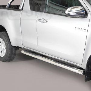 Toyota Hi Lux Extra Cab 2016 - Csőküszöb, műanyag betéttel - mt-178